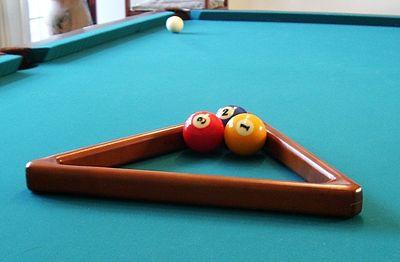 Play Three-Ball Pool